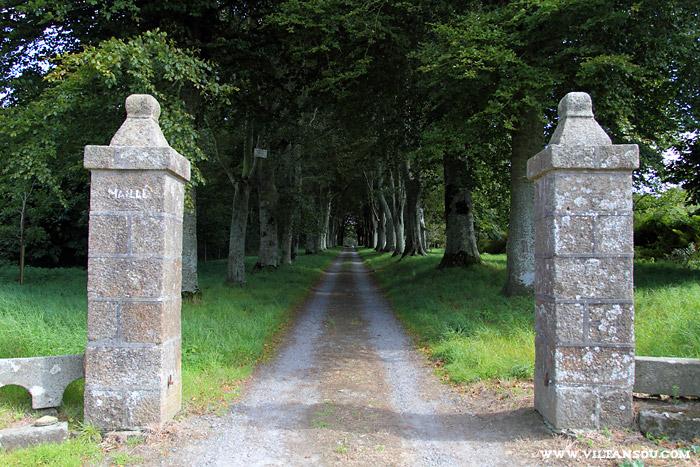 Le château de Maillé : une des entrées